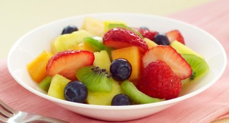 Very-Vanilla-Fruit-Salad_1007x545-1_ashx_.jpg